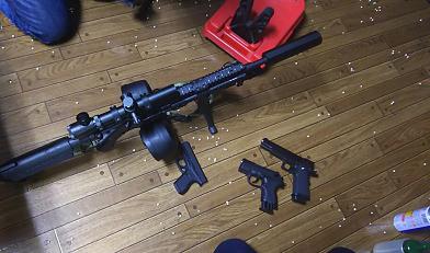 ゲス銃とPx4C.png