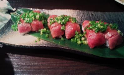 牛炙り寿司.png